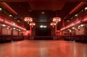 Clubs and discotheques tourism in barcelona for Sala apolo barcelona